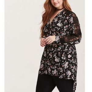 Torrid black floral blouse with lace 00
